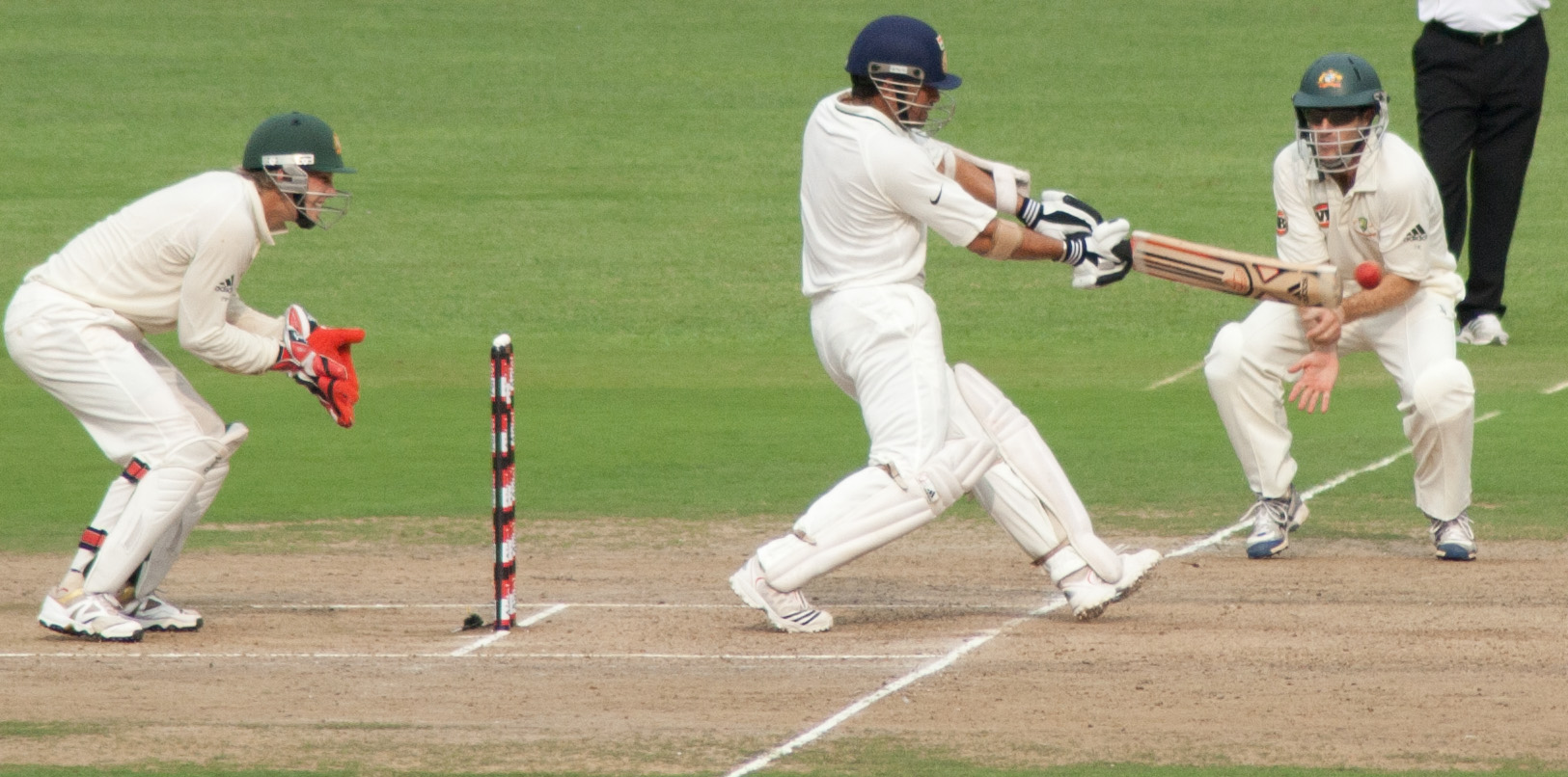 Sachin_Tendulkar_drives_a_ball_2010